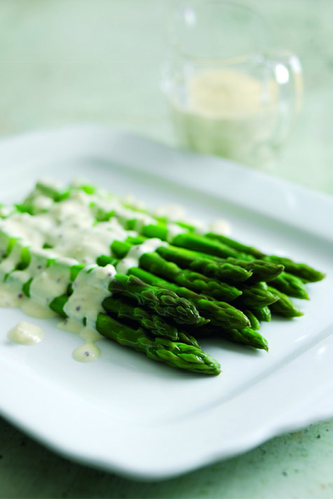 Asparagus with shallots, white wine and Selles-Sur-Chere sauce Sophie ...